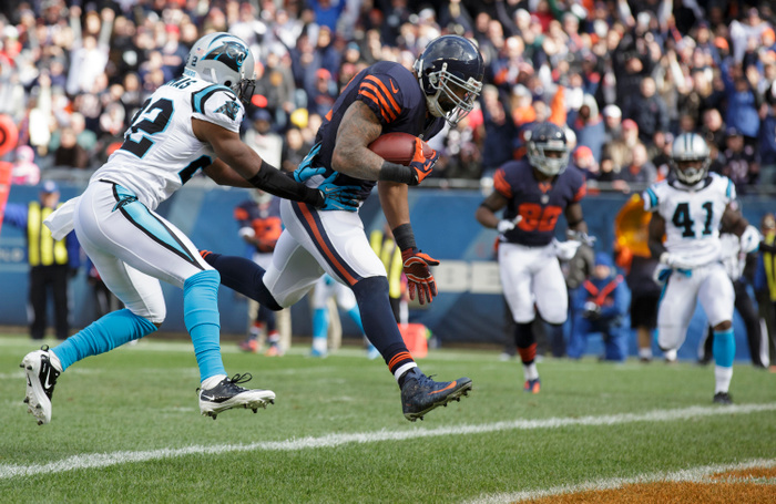CHICAGO, IL - OCTOBER 28:  Matt Forte #22 of the Chicago Bears scores a touchdown on Josh Thomas #22 of the Carolina Panthers on October 28, 2012 at Soldier Field in Chicago, Illinois. (Photo by John Gress/Getty Images)