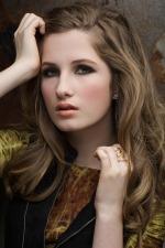 Chicago headshot photographer captures teen model