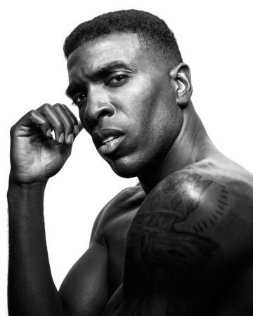Black and WHite headshot of Chicago model Kenneth Kill by photographer John Gress