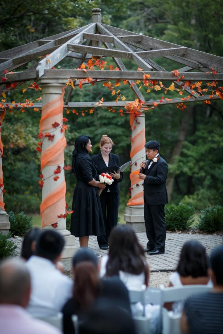Chicago Suburbs Lesbian Wedding Photographer weddimg ceremony