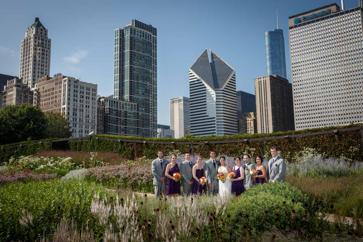 Portrait wedding photography in Grant Park by Photographer John Gress