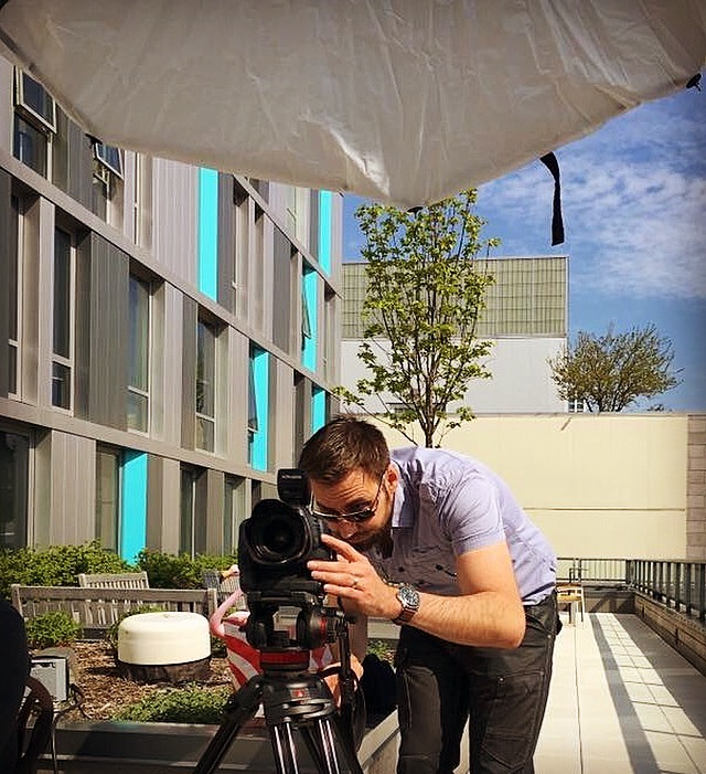 "Chicago magazine photographer behind the scenes 60"" photek softlighter II umbrella"