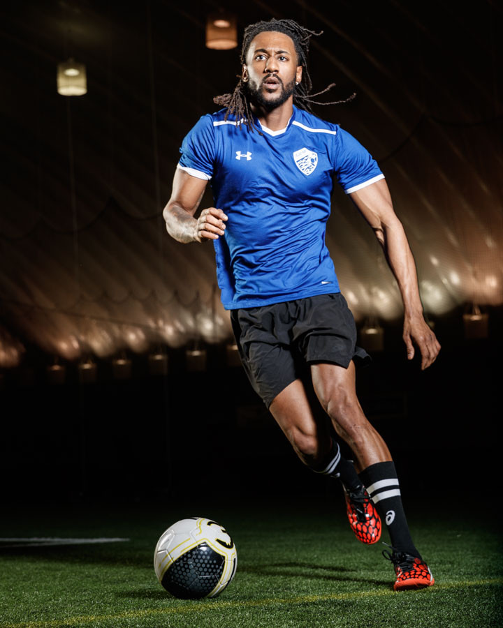 Chicago fitness model Matthew Cuff playing soccerby Photographer John Gress