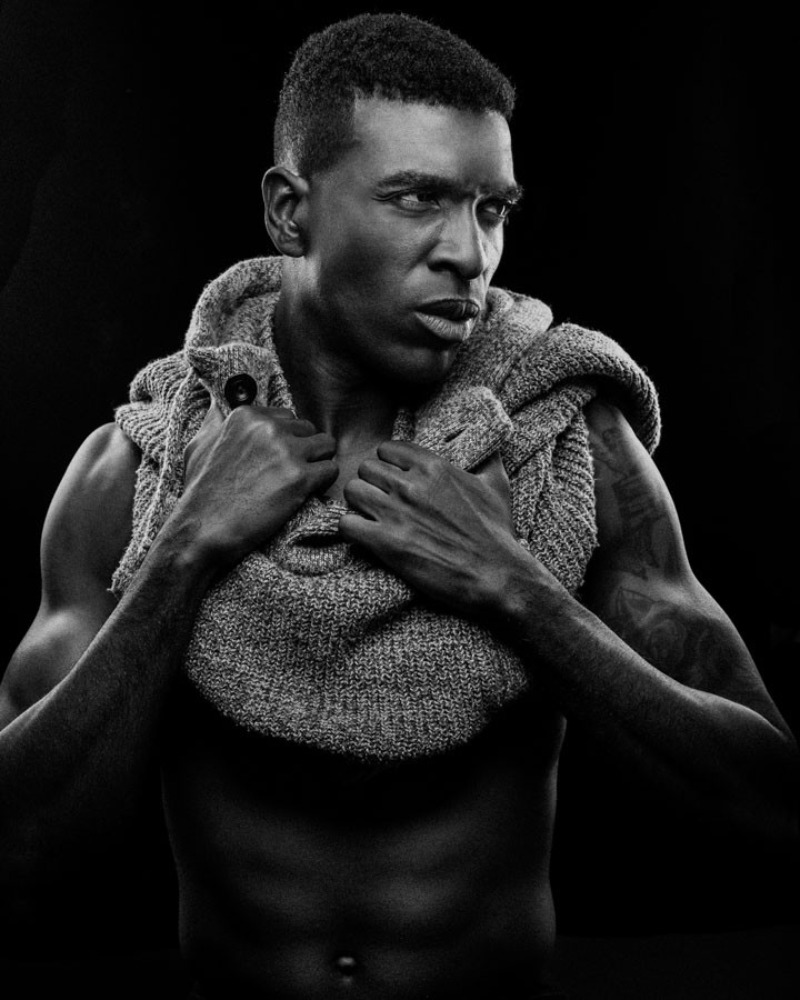 Black and white Chicago model headshot Kenneth Hill Modelogic