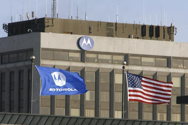 Google warns of more cuts at Motorola