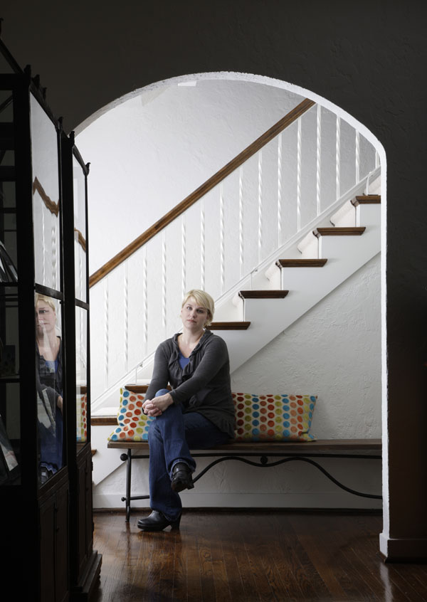 poses for a portrait in her Wilmette, Illinois home, October 6, 2011. Photo by John Gress