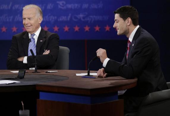 U.S. Vice President Joe Biden (L) debates Republican vice presidential nominee Paul Ryan (R) during the U.S. vice presidential debate in Danville, Kentucky October 11, 2012. REUTERS/John Gress