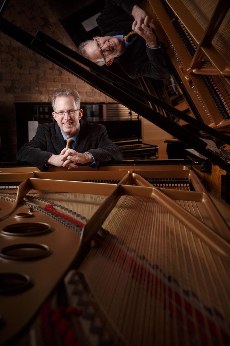 Chicago newspaper portrait photographer John Gress captures Thomas Zoells of PianoForte