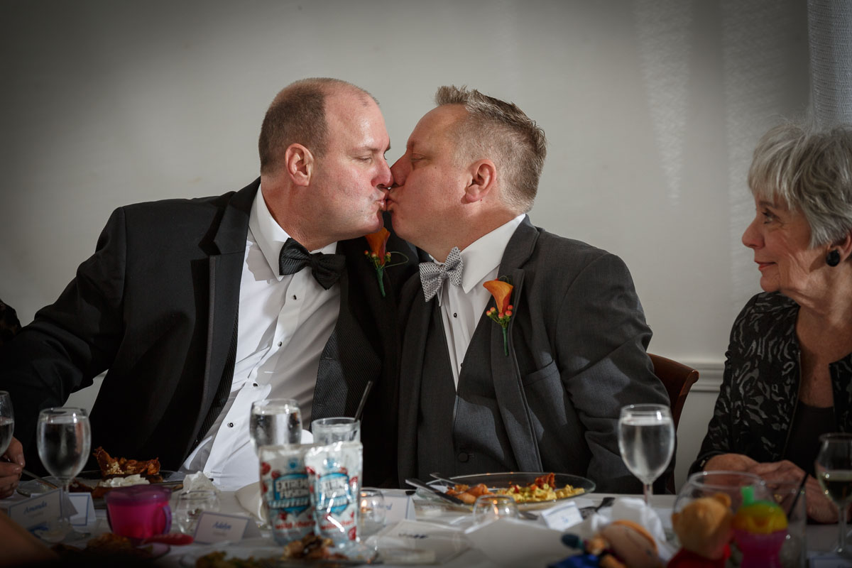 Illinois Gay Wedding Photographer: Richard & Joe Kiss in Chicago