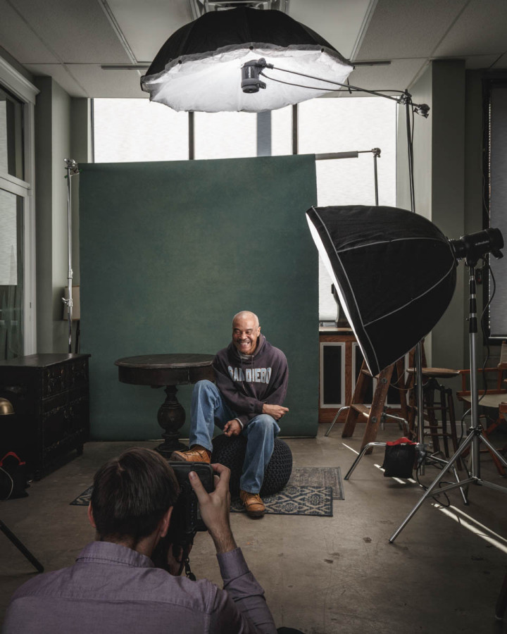 behind-the-scenes chicago portrait photographer John Gress