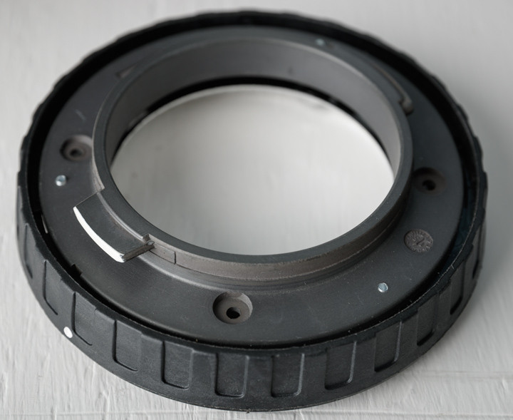 Broncolor to Elinchrom octabox ring