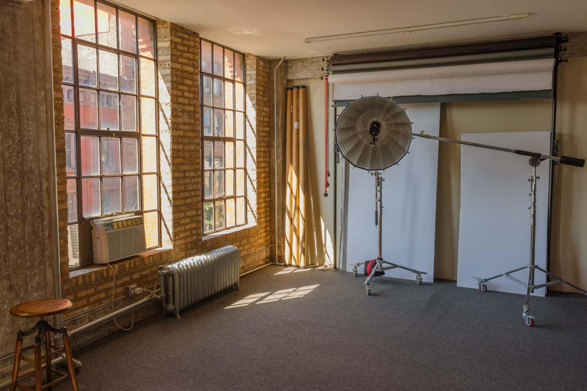 Pilsen rental photo studio